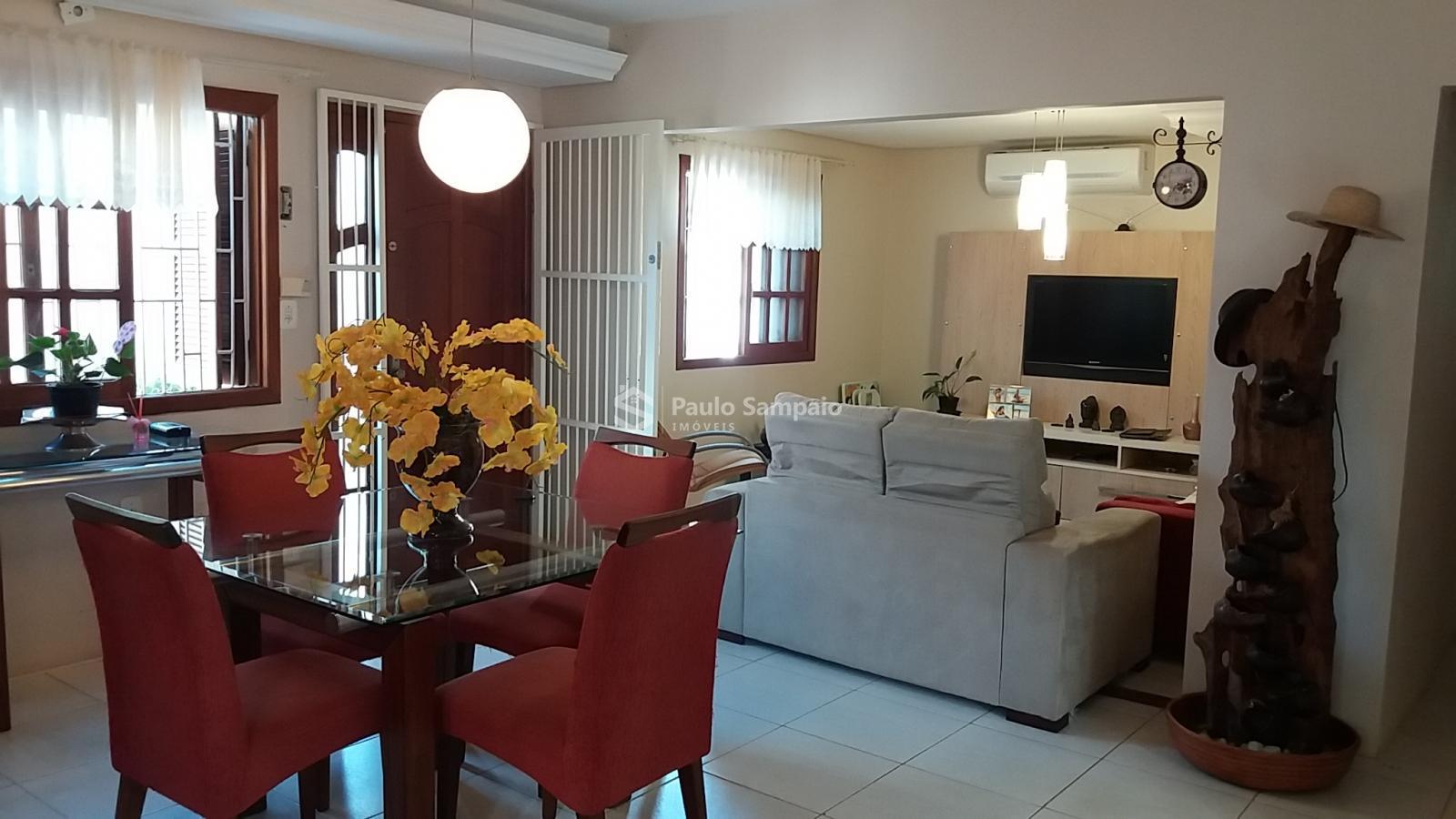 Casa 4 dormitórios São Genaro Cruz Alta - RS