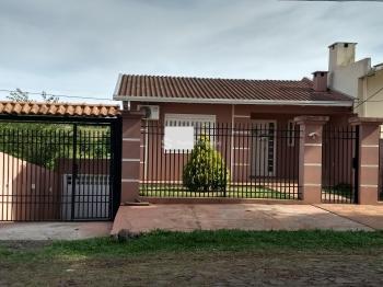 Casa 3 dormitórios Bonini II Cruz Alta - RS