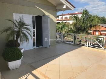 Casa 4 dormitórios Garibaldi Cruz Alta - RS